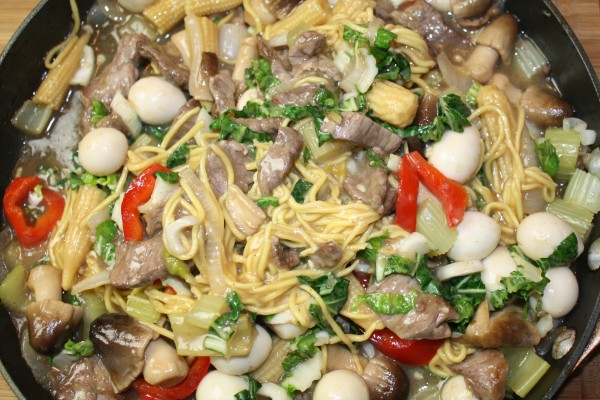 Hot pepper beef with chinese egg noodles baby corn quail eggs hot pepper beef with chinese egg noodles baby corn quail eggs mushrooms wok wednesday forumfinder Gallery
